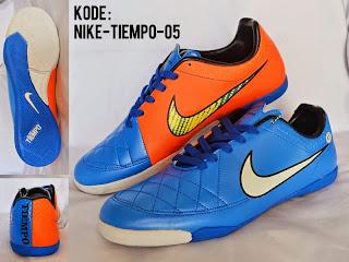Sepatu futsal nike tiempo terbaru 2015