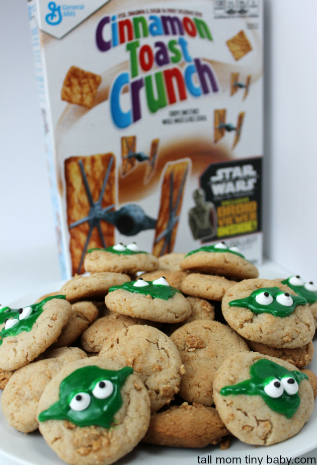 Star Wars fans will love this simple and delicious Yoda Cookie Recipe. Snickerdoodles dressed up for Yoda fans. easy enough to whip up for a Star Wars movie marathon or to take to the theater to see The Force Awakens. Perfect for a party idea, to serve for your family for a special treat.