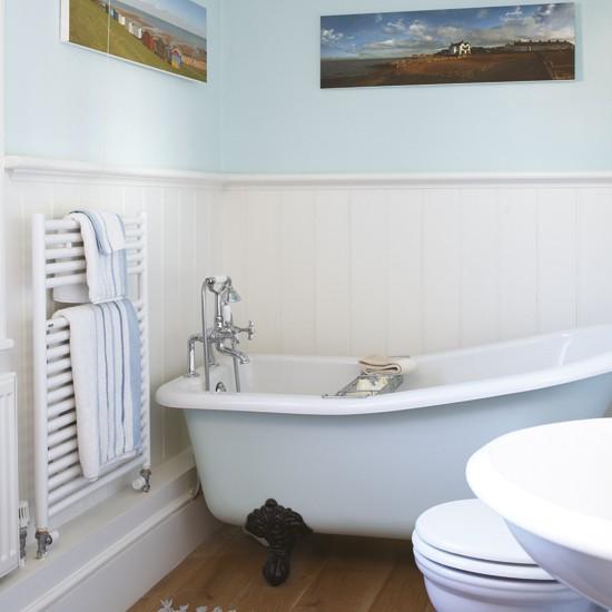 Дизайн маленькой ванной комнаты с классической ванной