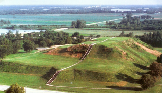 Cahokia Mounds 3