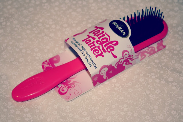 Denman-Tangle-Tamer-Hairbrush-review-blog-post