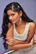 Shreya Vyas New sizzling photo session-thumbnail-17
