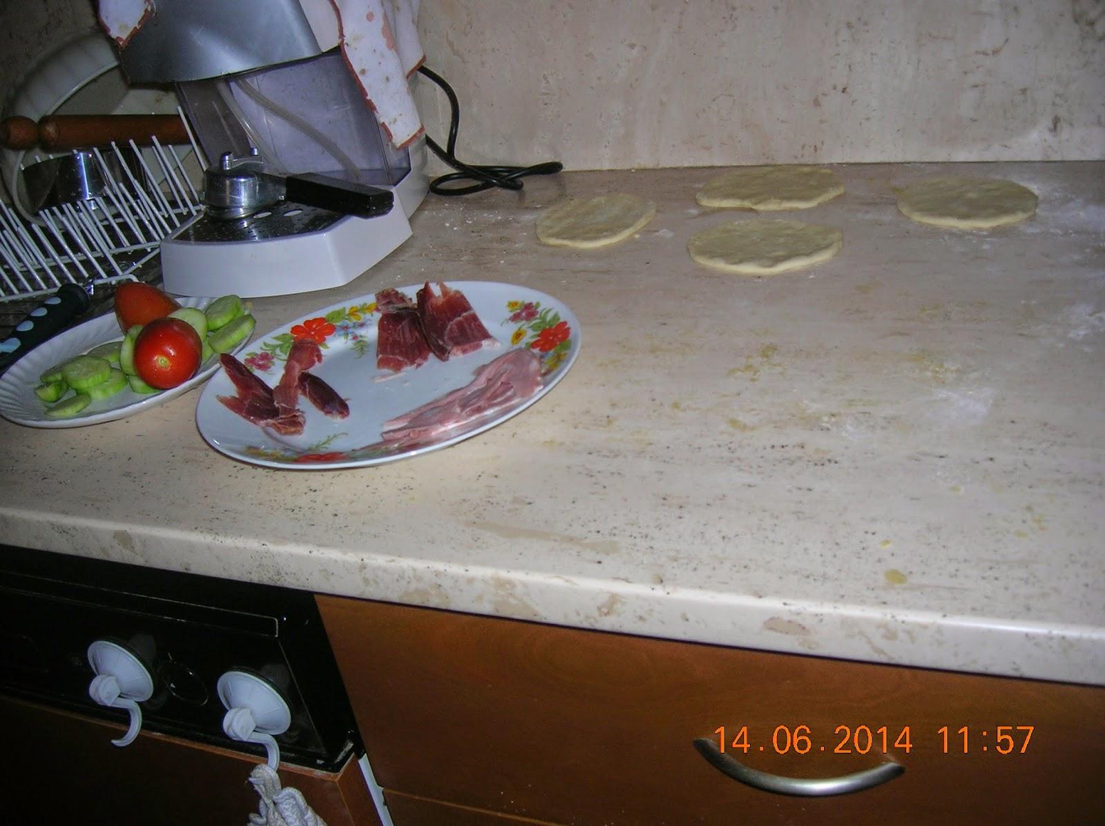 focaccine in  padella  senza lievito ...panini fatti in casa e focaccia
