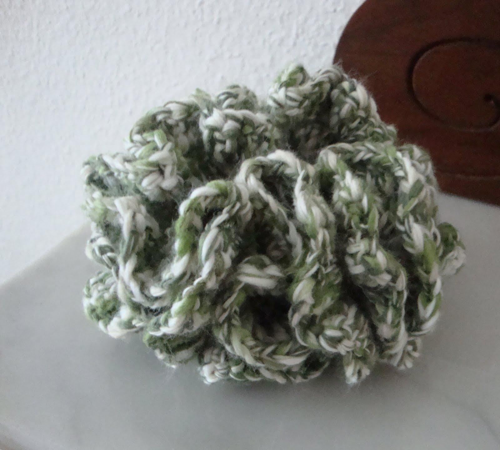 Nice Hyperbolischen Häkeln Korallenriff Muster Embellishment - Decke ...