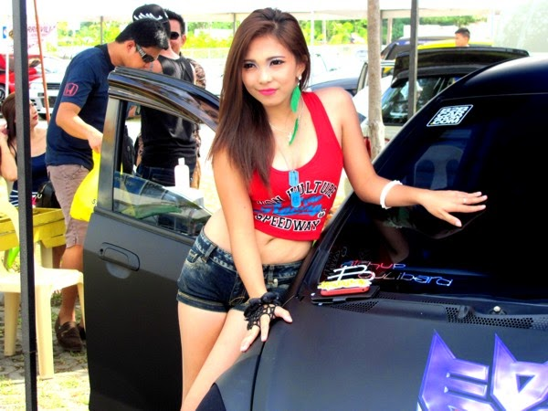 Bumper to Bumper, Cars, Classic Cars, Davao City, Davao delights, Exotic Cars, Kadayawan Festival 2014, Model, Muscle Cars, Racing Cars, SM Lanang Premier, Vintage Cars