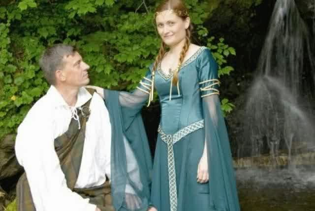 The Geeky Wedding Dress All Go To Demonstrate That Intimate Romance Is Out There For Any Individual Who Knows Where Look