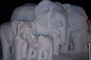 Amazing-Snow-Sculptures-Wallpapers