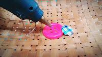 DIY membuat bros dari kancing