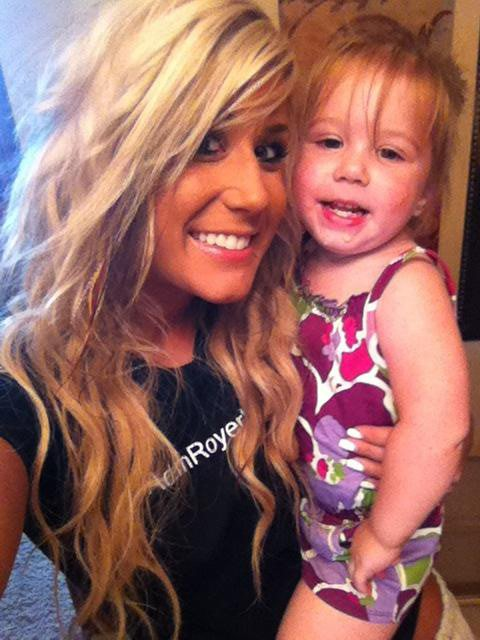 Chelsea is the best teen mom of this series :) I think she's great