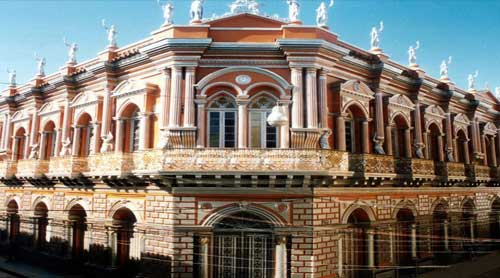 Desde Salta: Cerca y accesible, Tarija churita