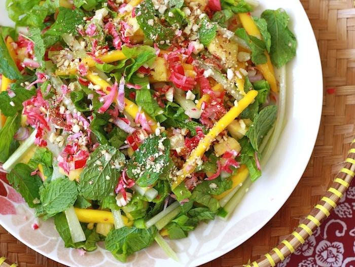 Asam Laksa Mango Kerabu Salad recipe by SeasonWithSpice.com