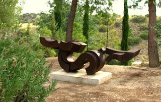 Martin Chirino sculpture