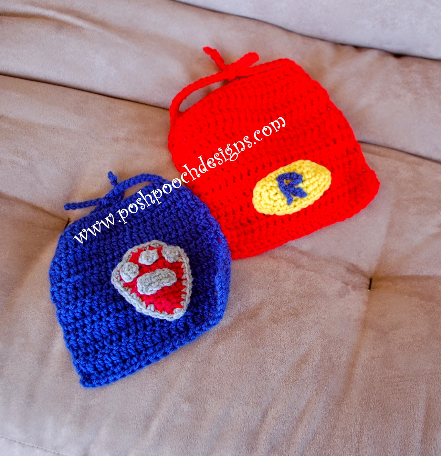 Free Crochet Pattern Baby Capelet : Posh Pooch Designs Dog Clothes: Super Hero Dog Cape Free ...