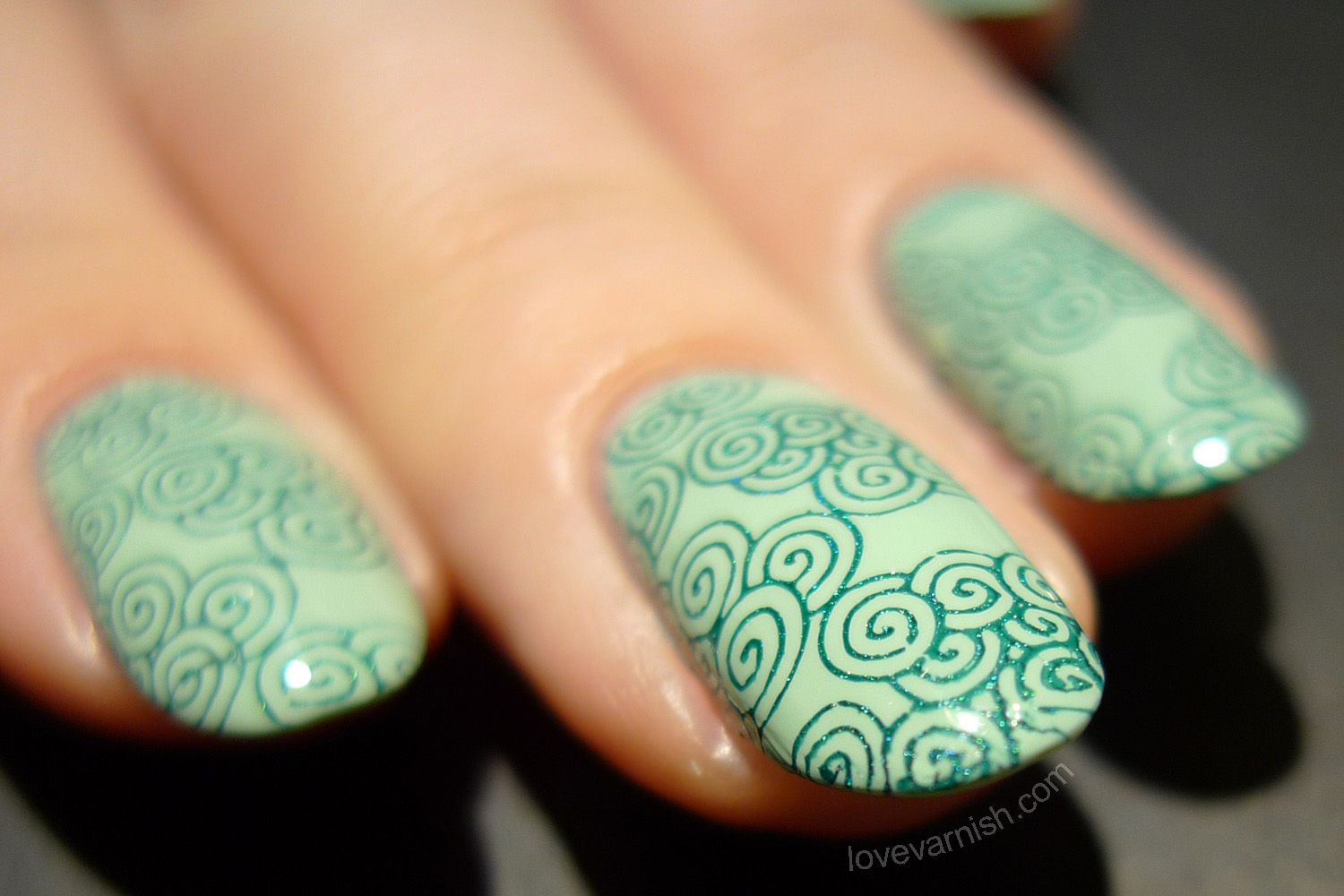 Sally Hansen Green Tea nail art