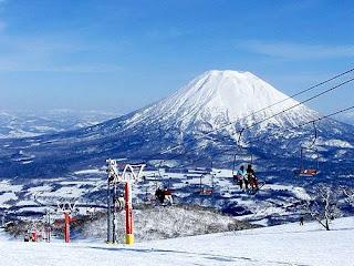 Niseko Ski Resort Hokkaido, Japan (Best Honeymoon Destinations In Asia) 9