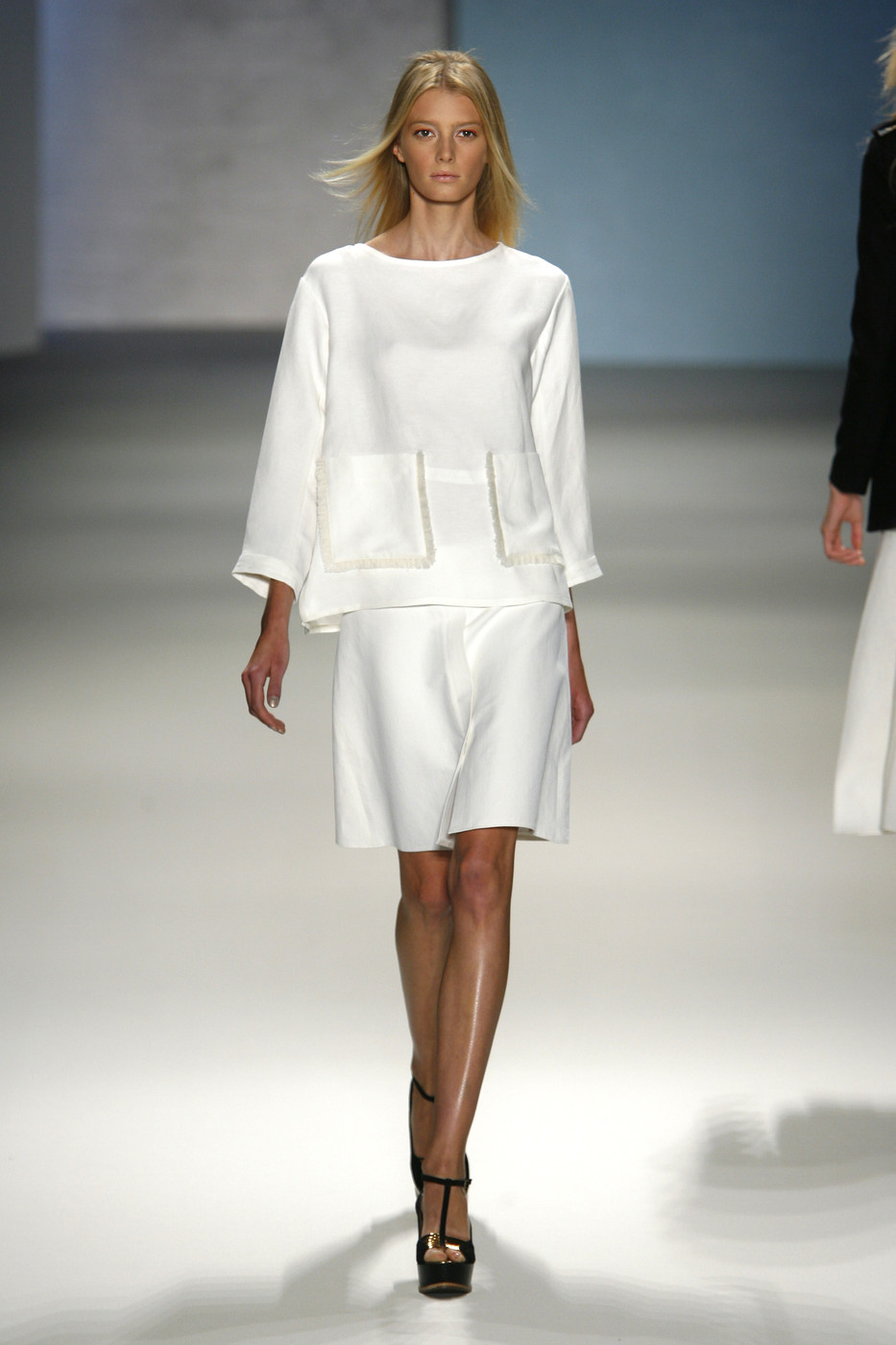 via fashioned by love | Derek Lam Spring/Summer 2011 White