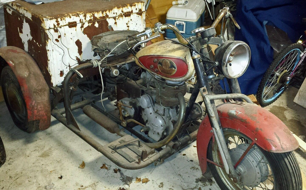 barn find indian three wheeler powered by royal enfield. Black Bedroom Furniture Sets. Home Design Ideas