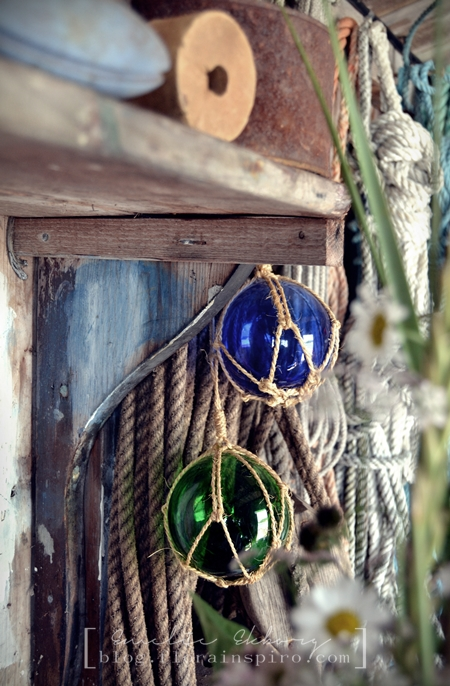 boathouse, photo boathouse, photoshoot boathouse, fishing lure, fishing float, old fishing floats, flishing floats glass, vintage fishing floats, styling boathouse