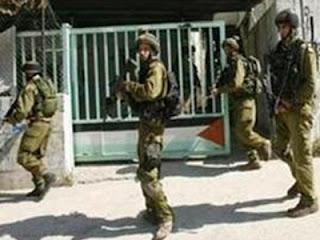 Tentara Zionis serbu kampus Al Quds (foto InfoPalestina)