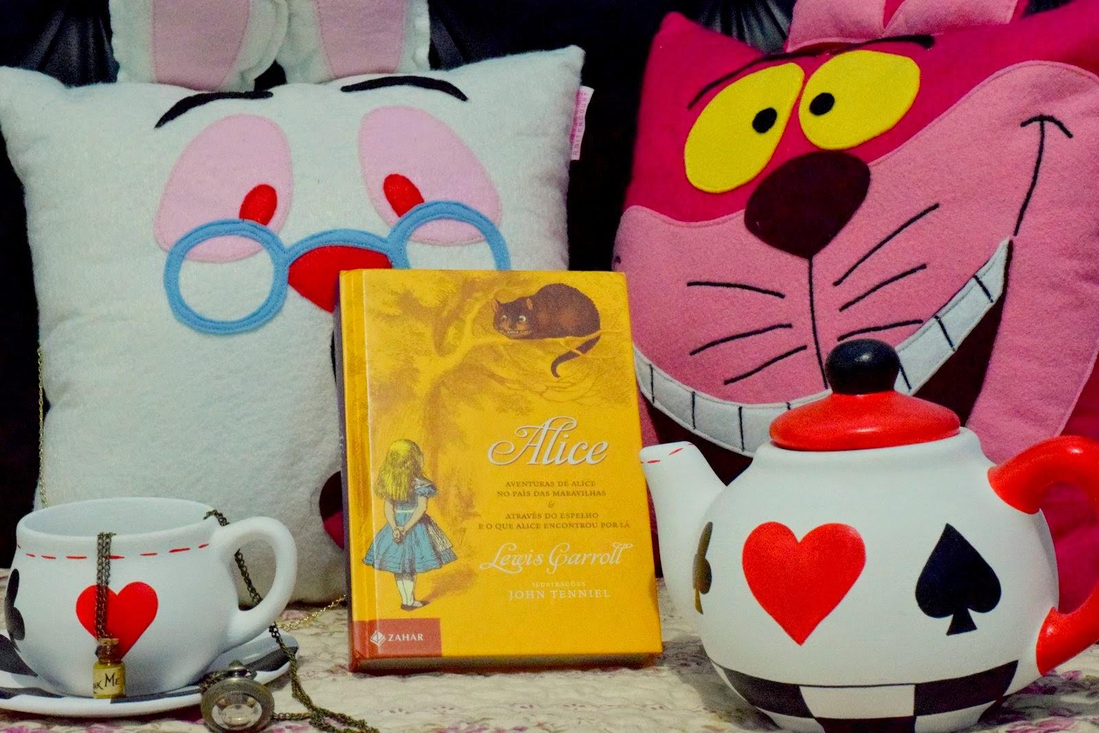Universo Dos Leitores Alice No País Das Maravilhas De Lewis Carroll
