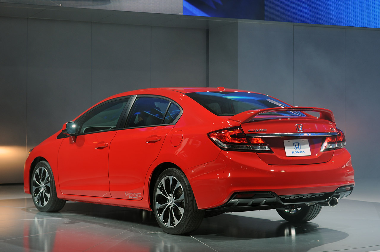 Car review 2013 honda civic si carmadness car for Si honda civic