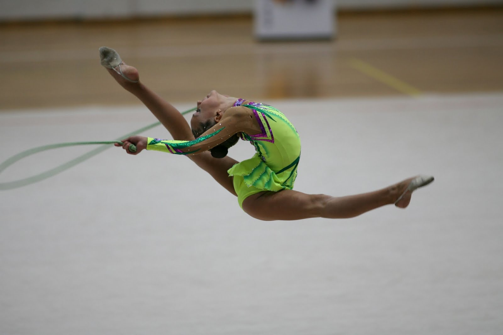 Ballet y gimnasia ritmica for Gimnasia gimnasia