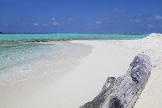 Banco de arena en las Maldivas
