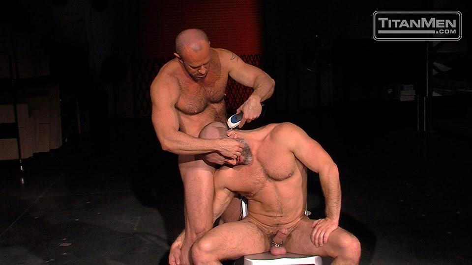 Gay shaving porn