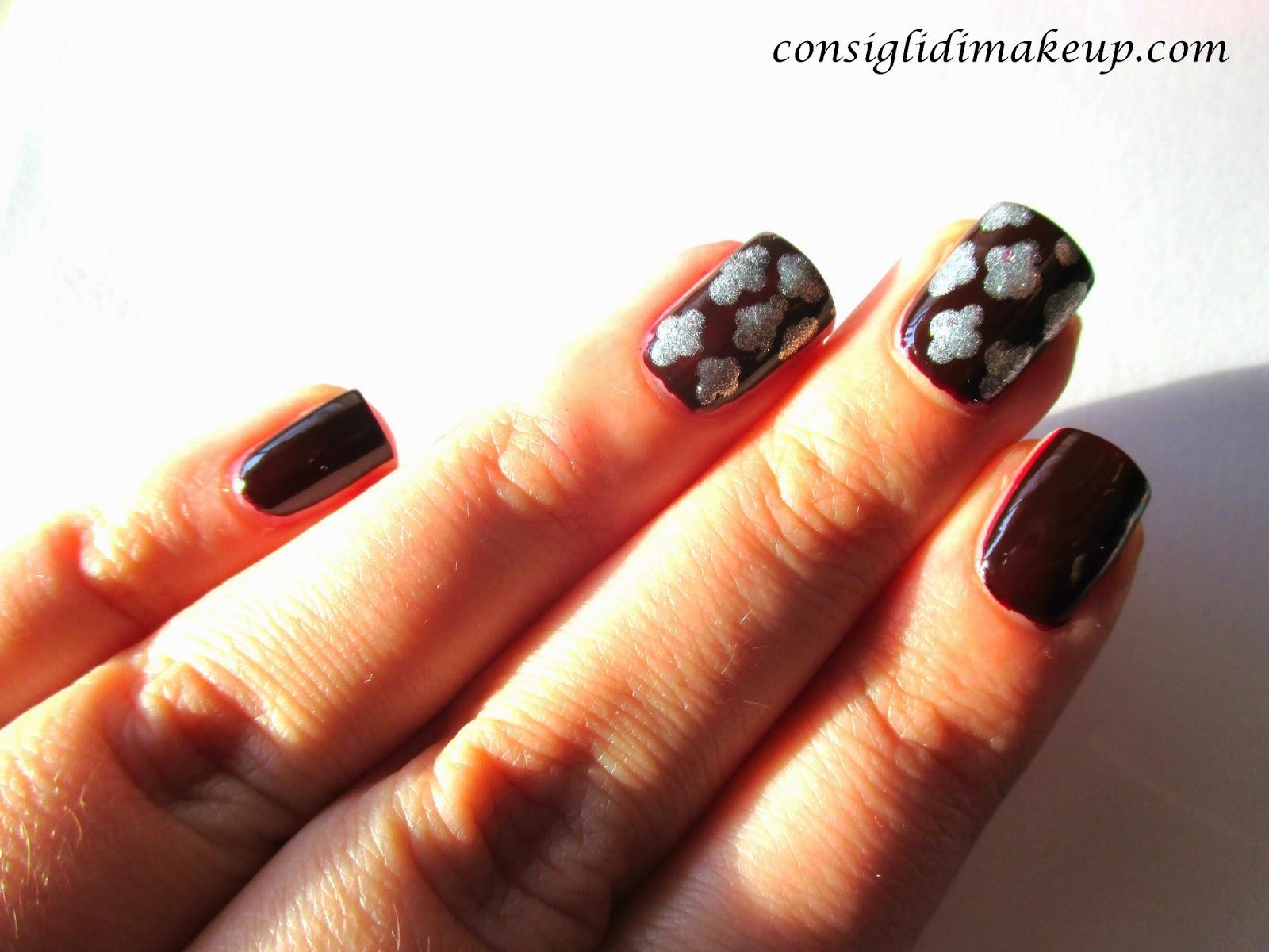 Nail art: effetto damascato