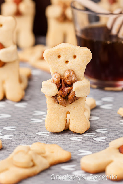 Ciasteczka miodowe w kształcie misiów