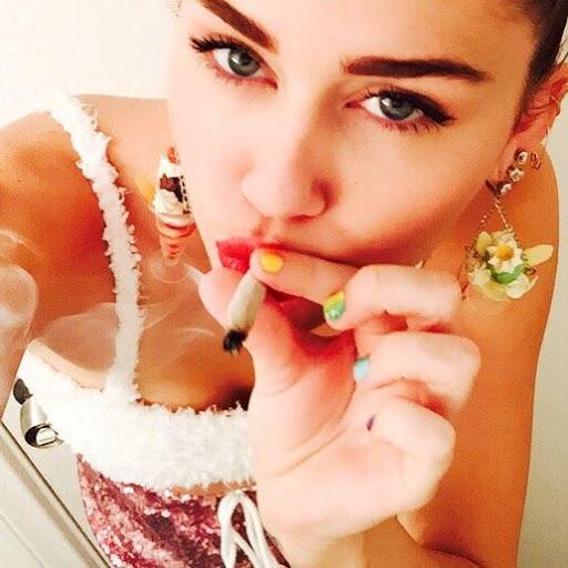 FotosNua.Com Miley Cyrus nua fotos roubadas do celular