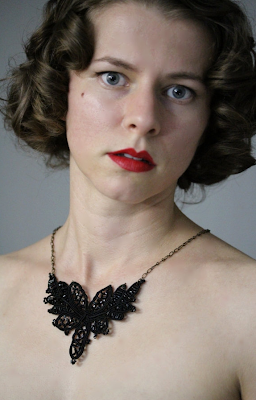 Hauntingly Beautiful Victorian Lace Necklace #victorian #1800s #mourning #lace