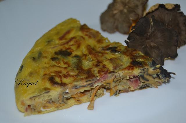 Tortilla De Camagrocs Con Jamón Y Cebolla
