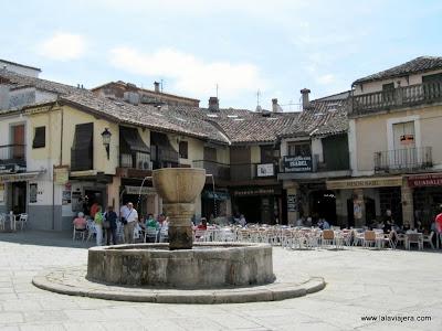 Fuente Plaza Santa Maria Guadalupe
