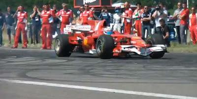 Ferrari 2008 F1 Car - Brutal Launch and Burnout