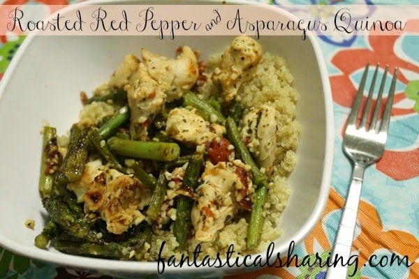 Roasted Red Pepper & Asparagus Quinoa | A light but extremely flavorful dish - you can't go wrong with quinoa!