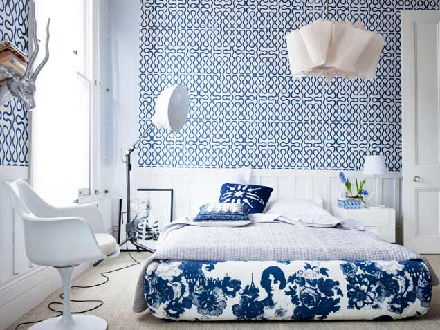 deep blue and white amazing bedroom