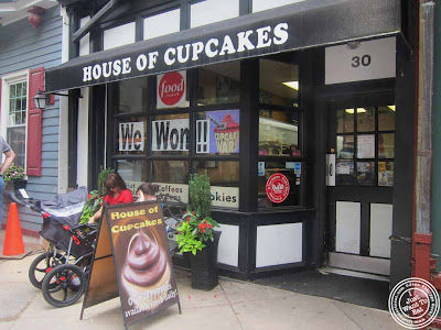 image of house of cupcakes in Princeton, NJ