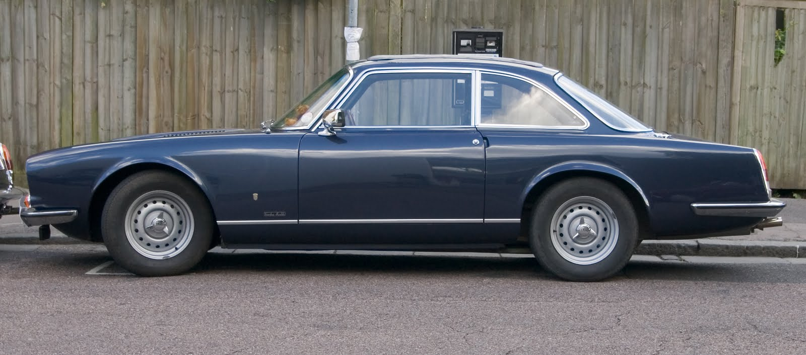 Gordon-Keeble GK1 - A Great, But Mostly Unknown Car