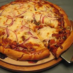 Receita de Pizza de Frango ao Molho Barbecue