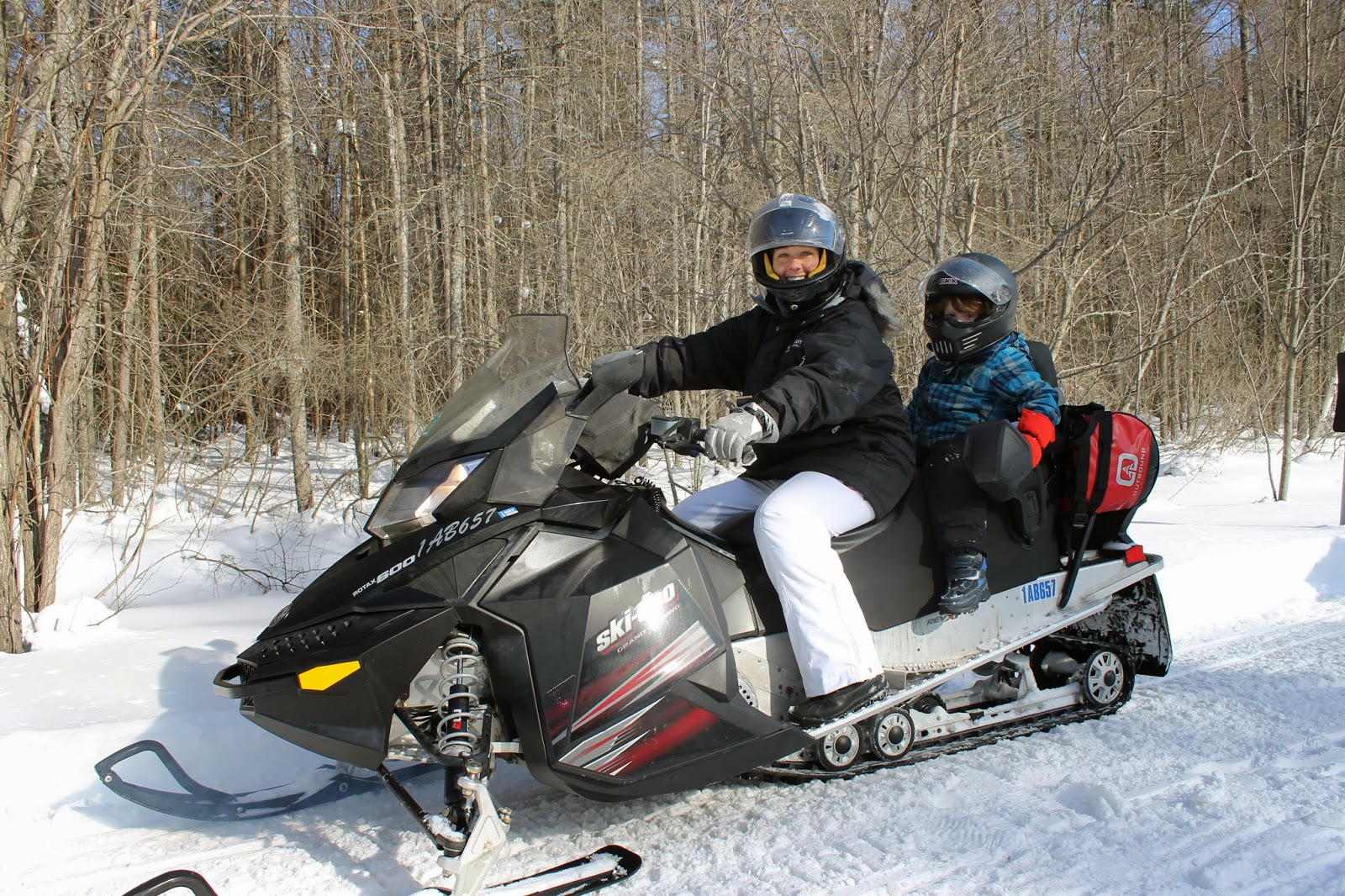 snowmobiling tour with kids