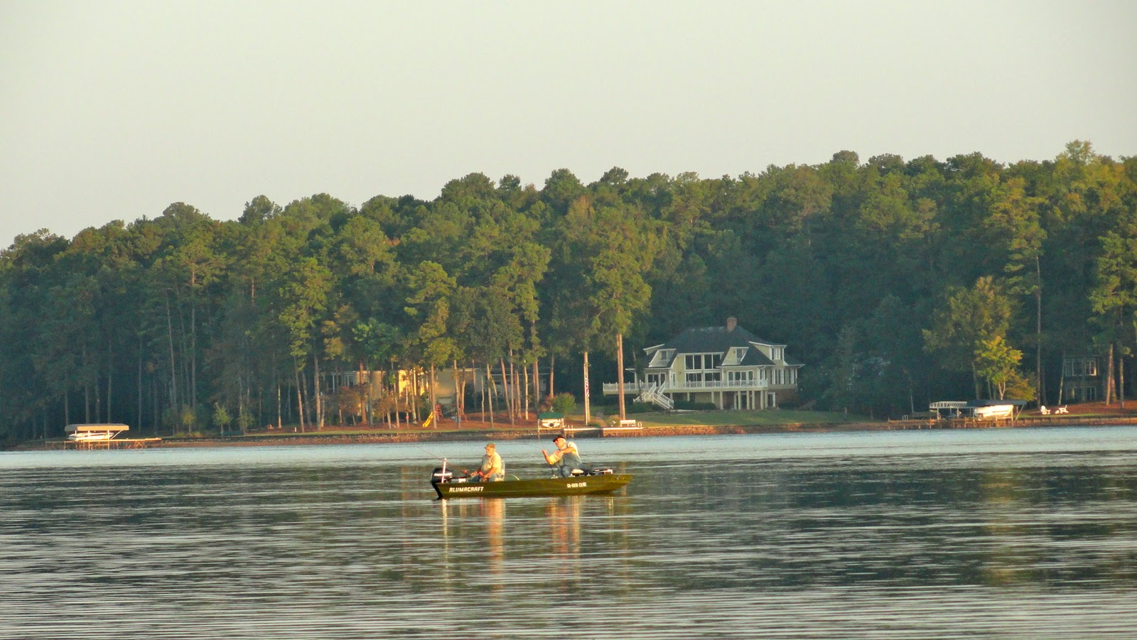 Travel on the level reynolds plantation for Lake sinclair fishing