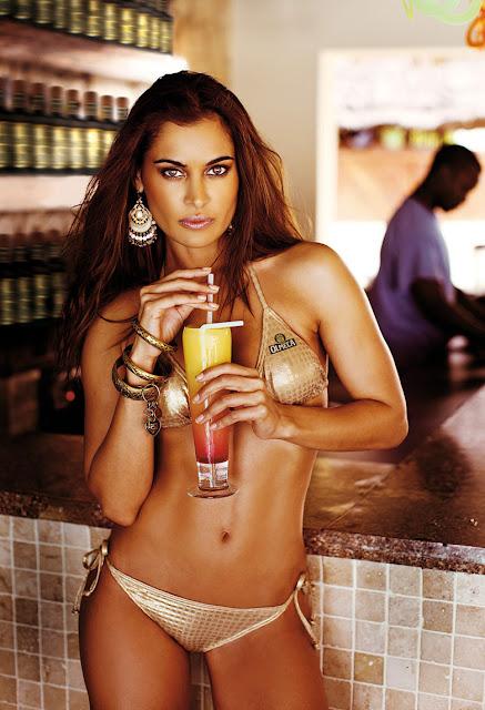 Shashi Naidoo - Sizzling Hot Bikini