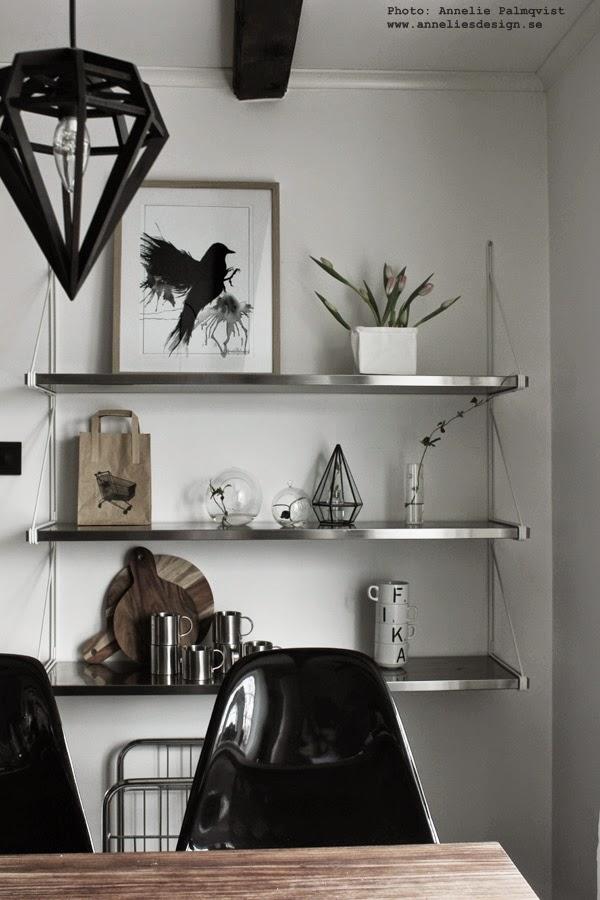 glaskupa, glaskupor, grönt, växt, hämta in från naturen, tavla med svart fågel, tavlor, tavlan, konsttryck, annelie, palmqvist, annelies design & interior, webbutik, webbutiker, webshop