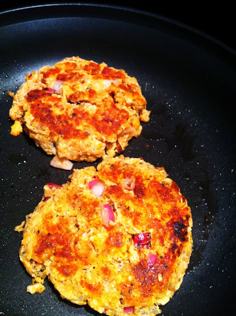 Salmon Cakes With Pork Rinds