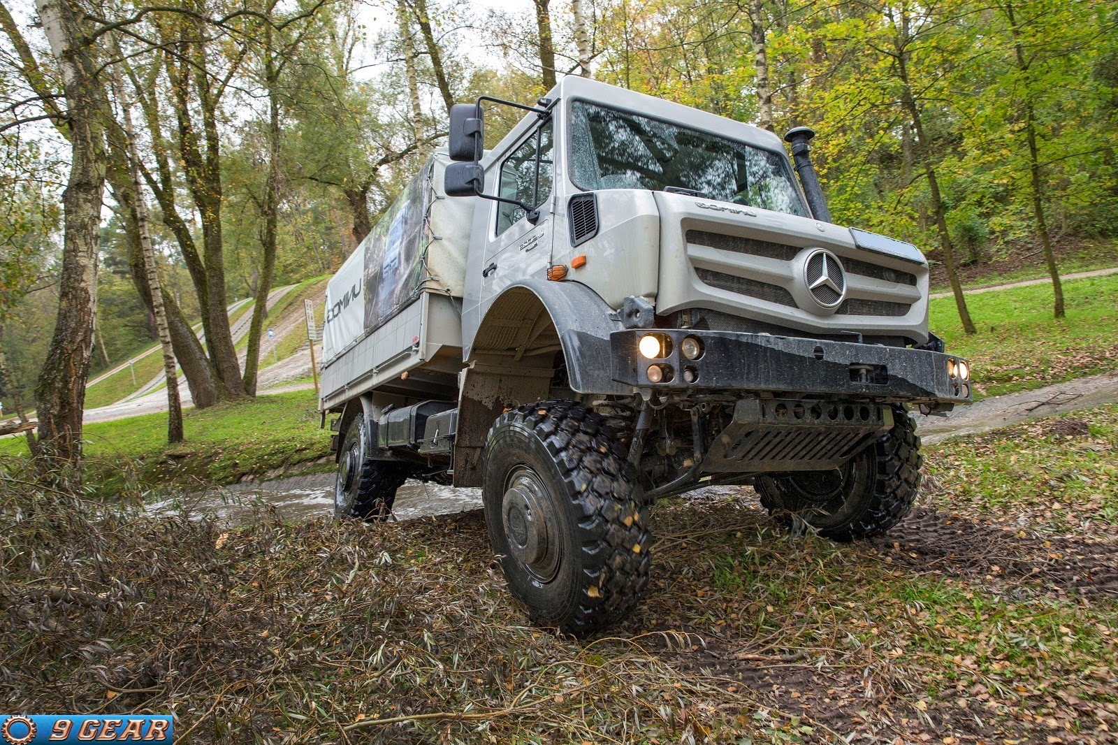 Perfect Off Road Performance Mercedes Benz Unimog