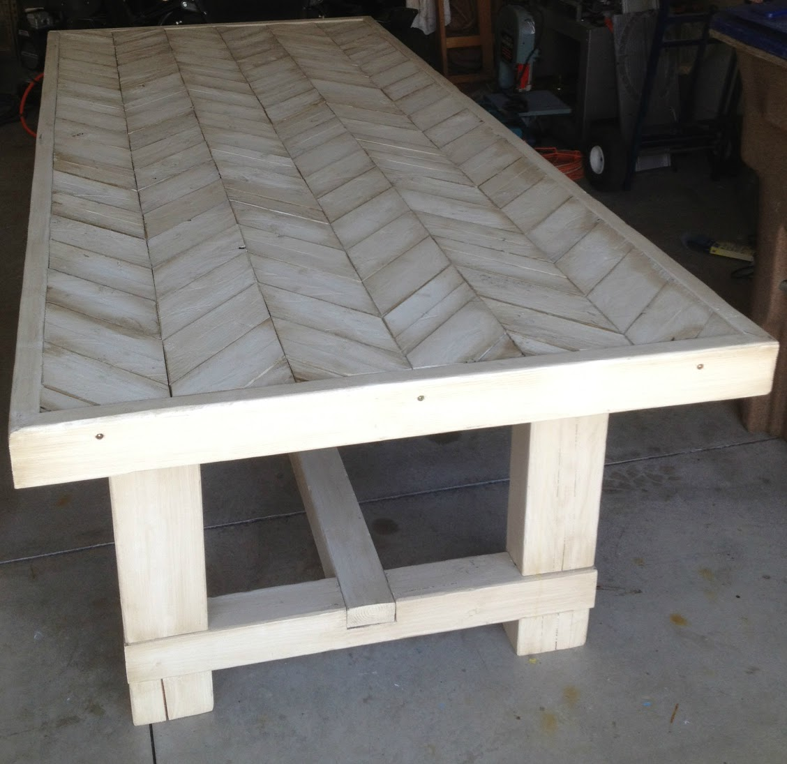 Dad Built This: Farmhouse Chevron Table. Full resolution‎  file, nominally Width 1128 Height 1095 pixels, file with #80734B.