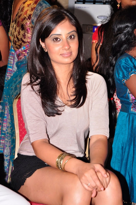 bhanu sri mehra milky in public event actress pics