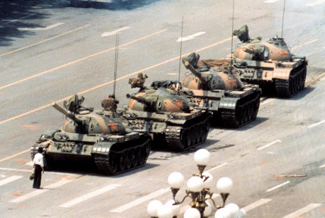 Tank man , Tiananmen
