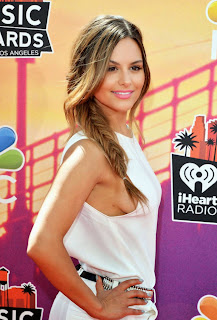 Pia Toscano Hot White Dress in 2014 iHeartRadio Music Awards in Los Angeles